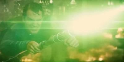 毁灭日,神奇女侠装备太厉害,超人牺牲了