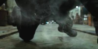 灵魂战车:强尼的身体开始燃烧,变成恶灵骑士,帅炸了!
