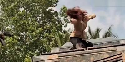 漫威电影中黑寡妇五大近身格斗片段,她可是专家级的武术家